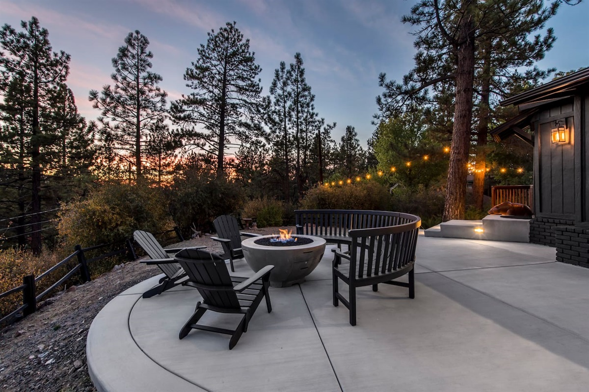 Watch a beautiful Big Bear sunset from the private back deck.