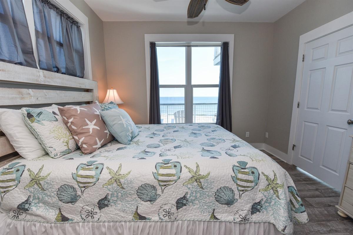 Queen room Beachfront