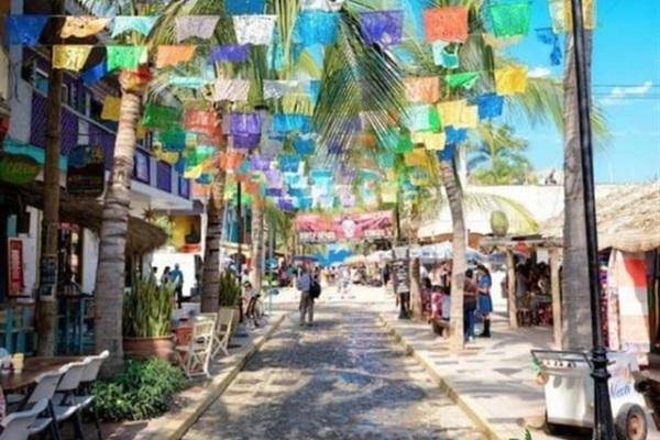 Sayulita downtown