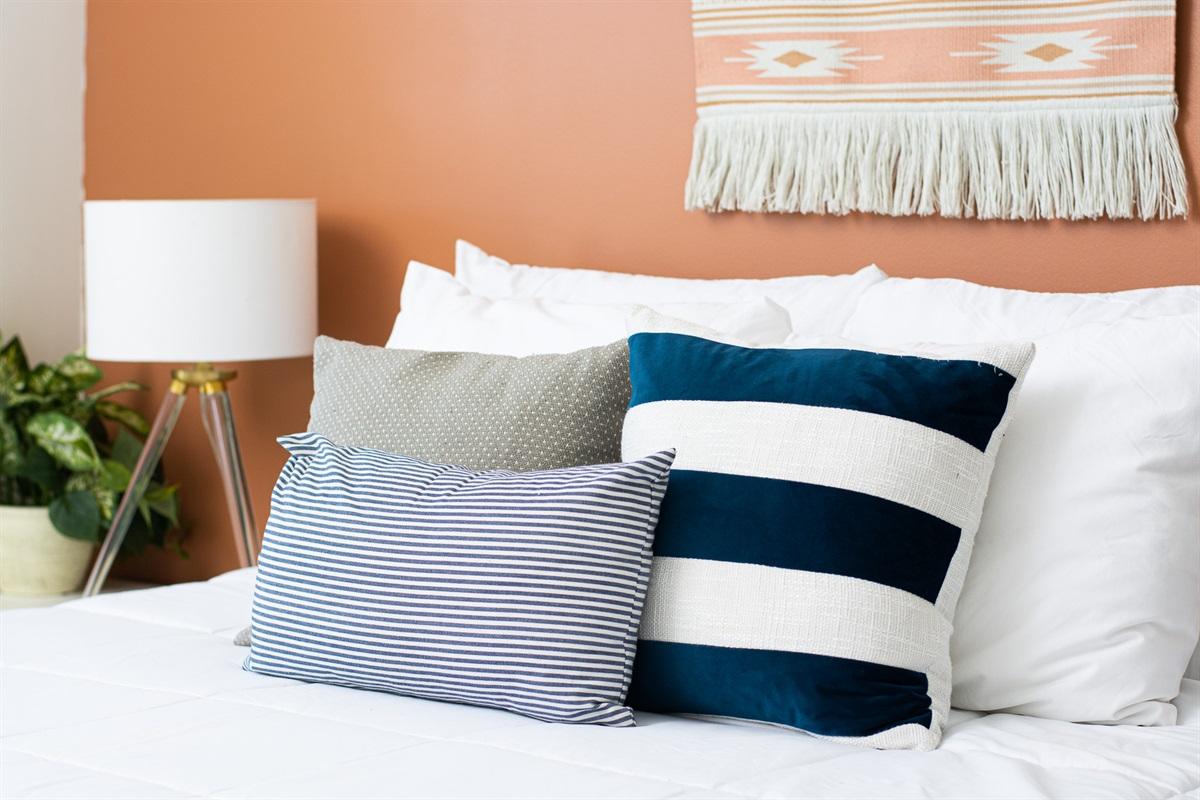 Cozy memory foam mattress for a great night's sleep!