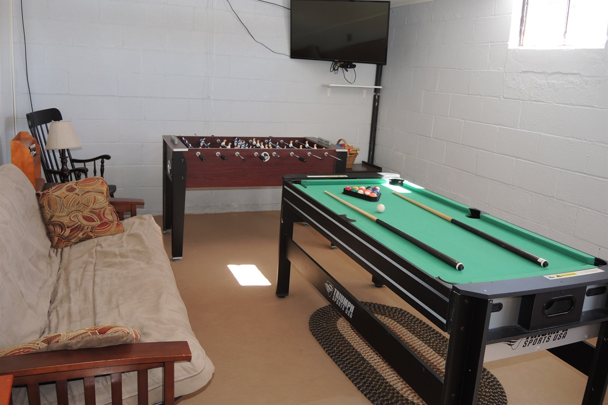JR's Place Game room