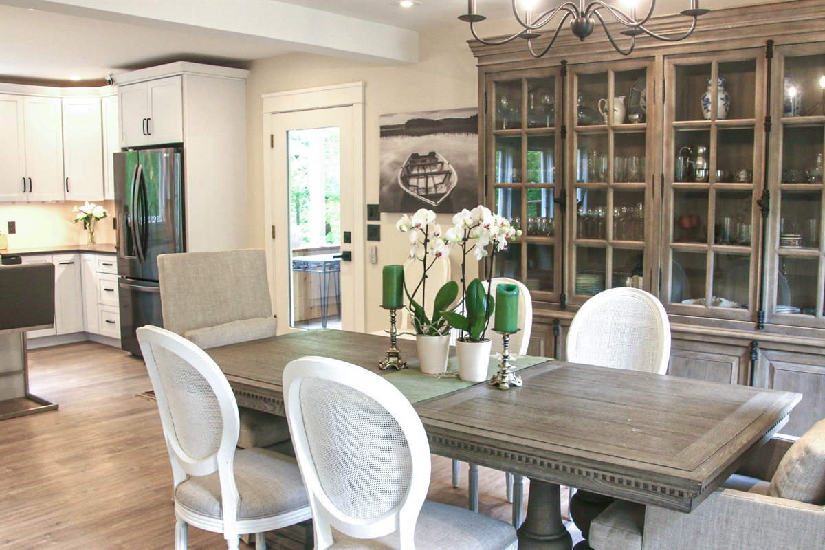Dining Area to the right with door to covered porch