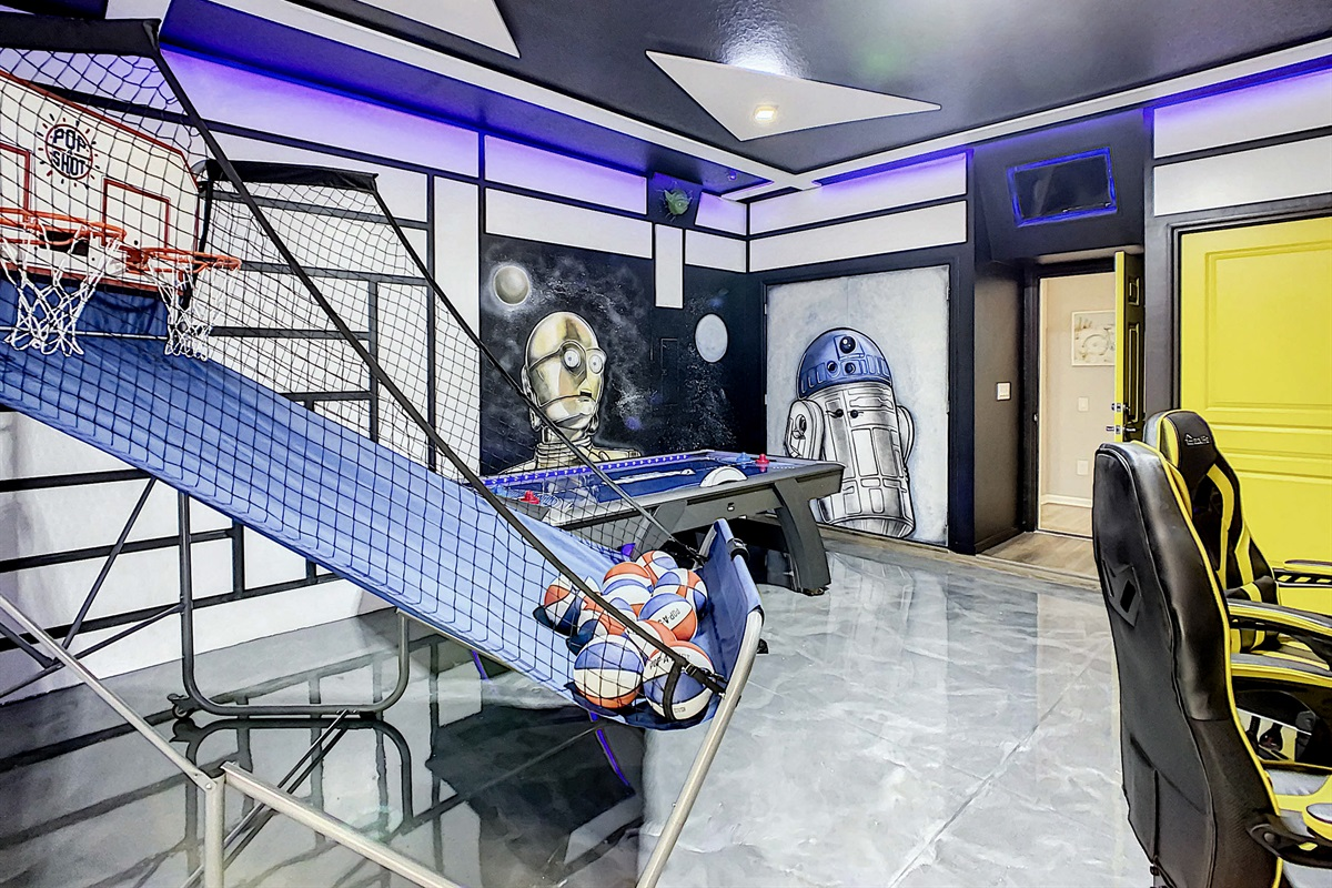 Incredible Star Wars Themed Air Conditioned Game Room