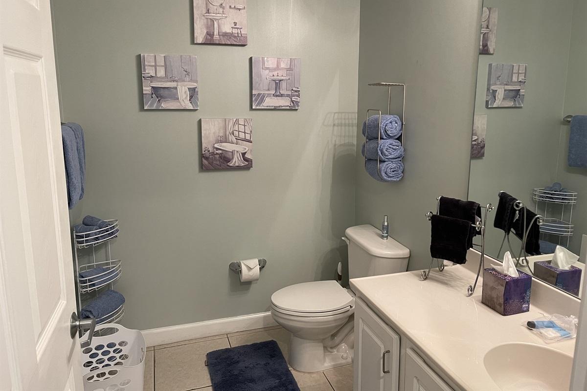 En-suite spacious bathroom