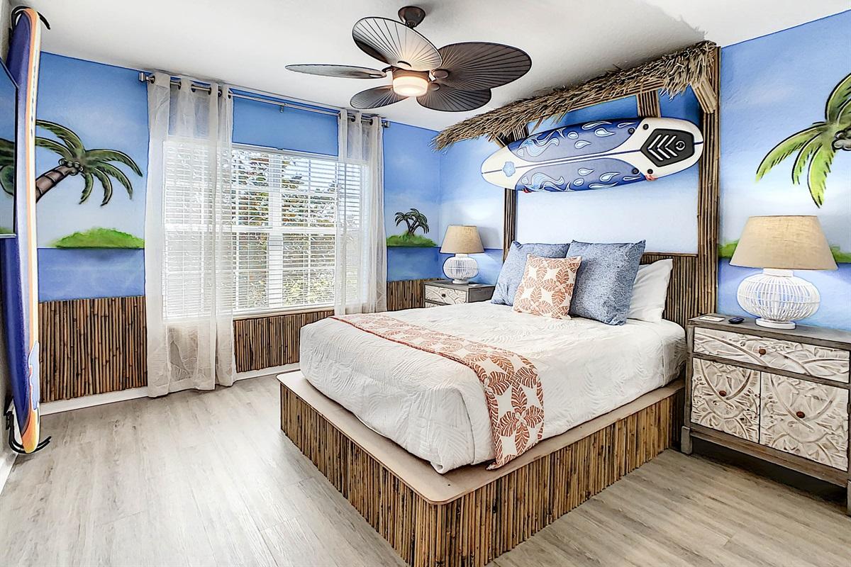 Bedroom #4 (Polnesian Themed Teen Room)-2nd Floor-Queen Bed