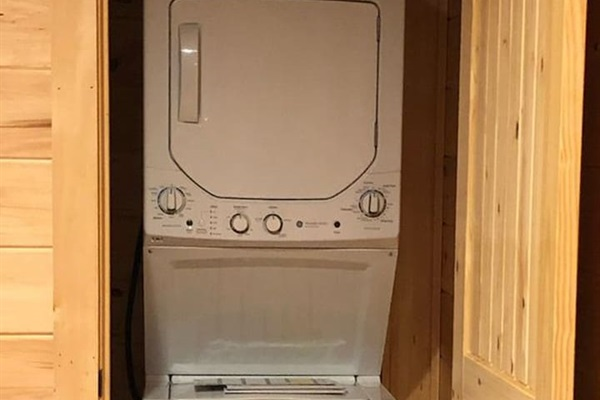 Washer and dryer on bottom level
