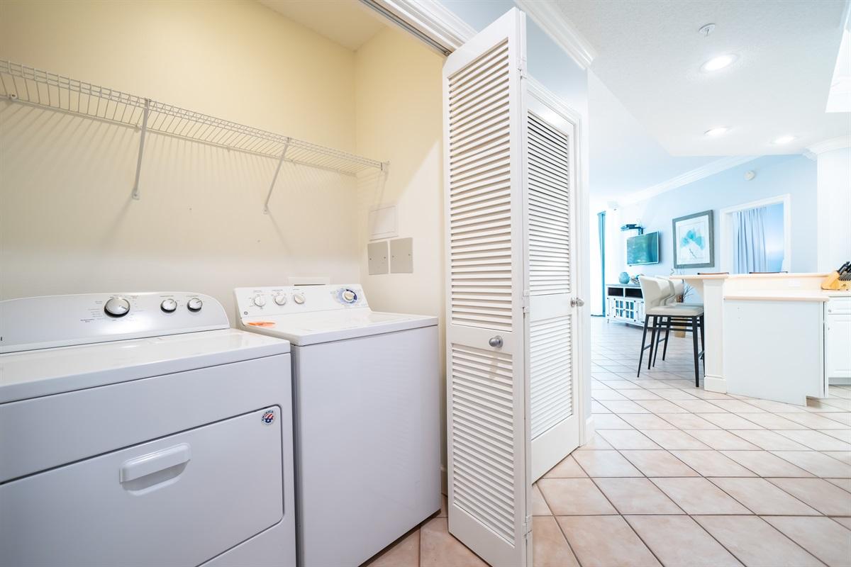 Full Size Washer/Dryer