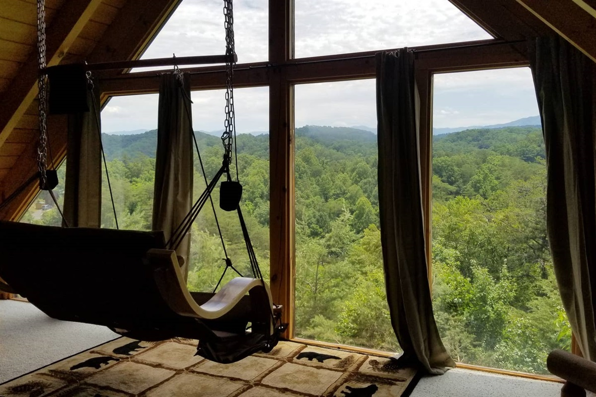 Amazing mountain views from the loft.