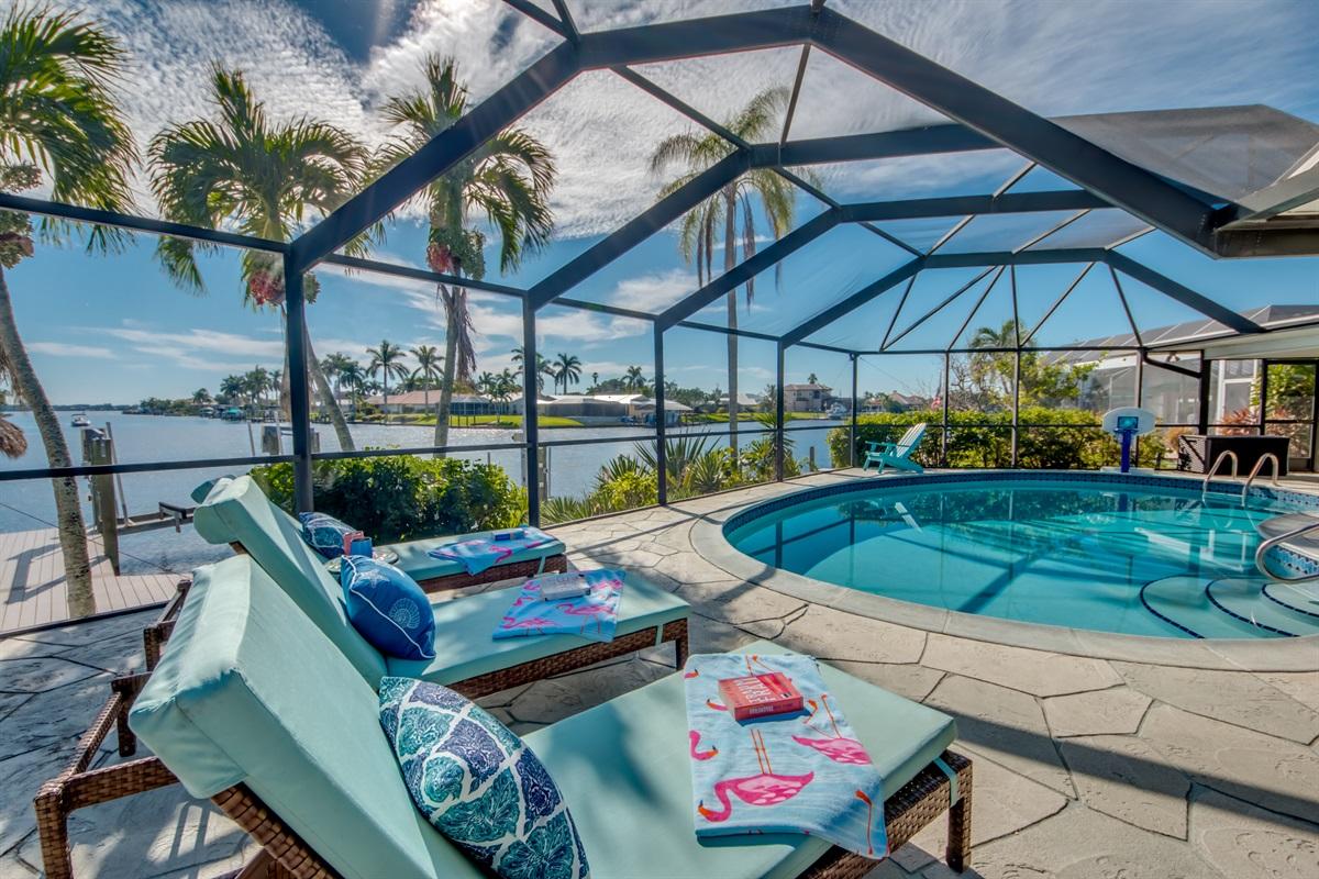 Lounge/sun  chairs