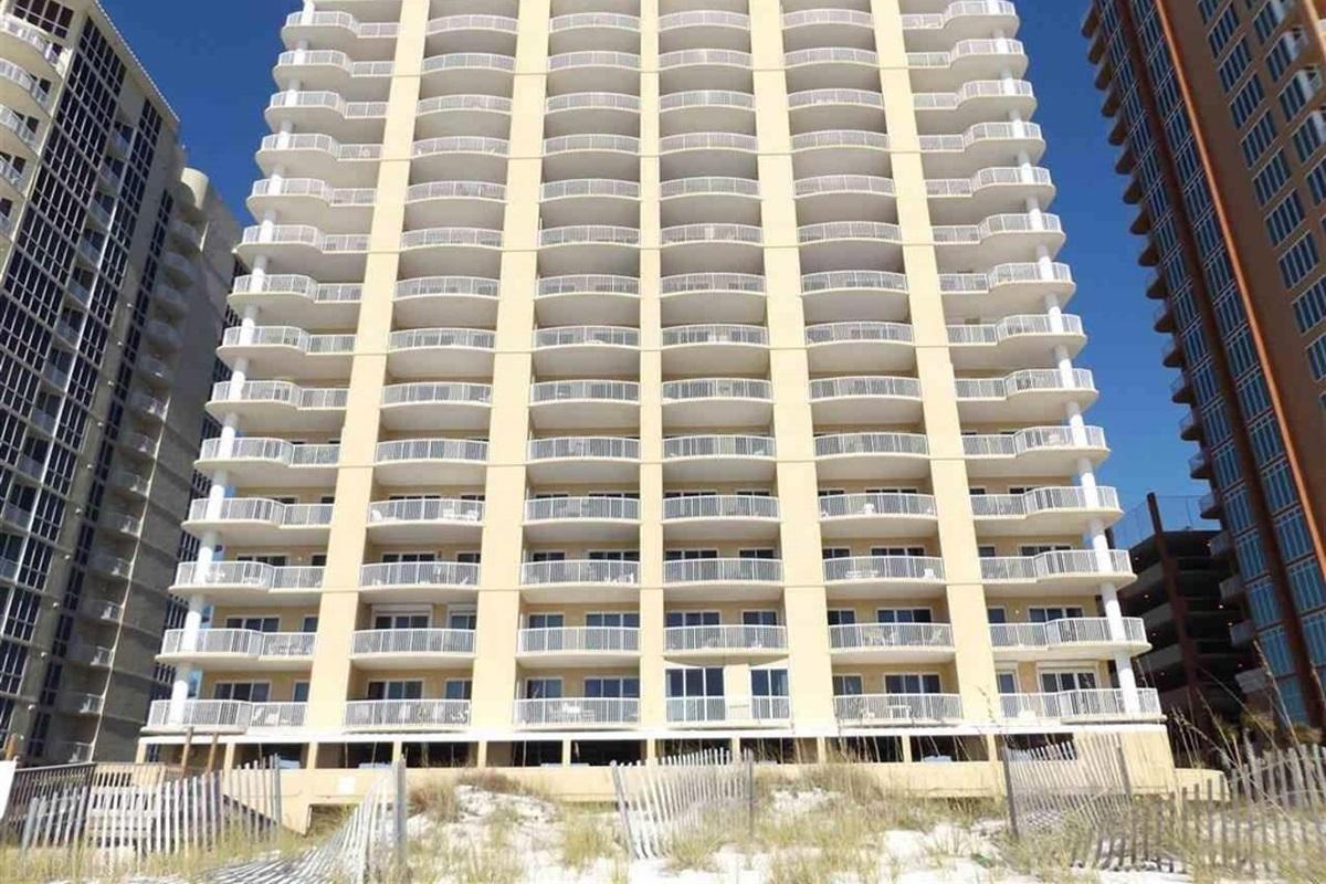 Island Royale Condominiums