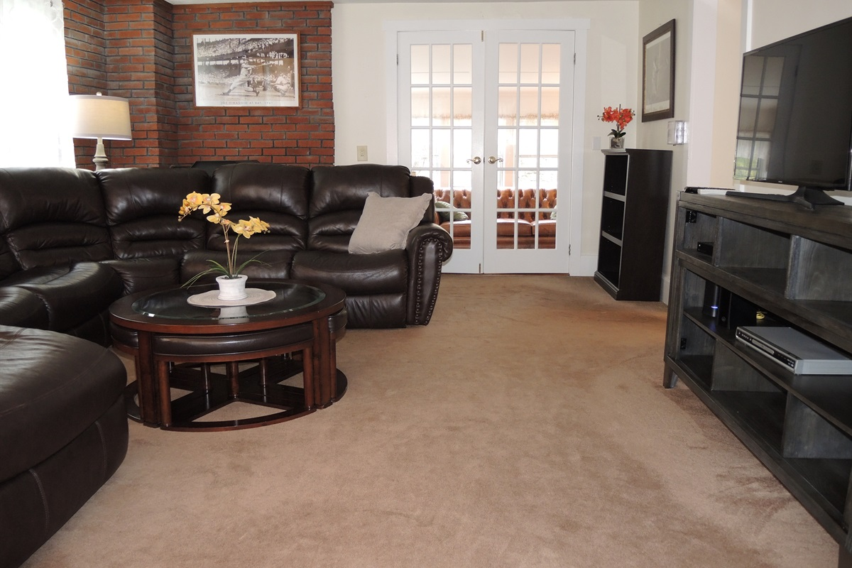 Living room into sunroom