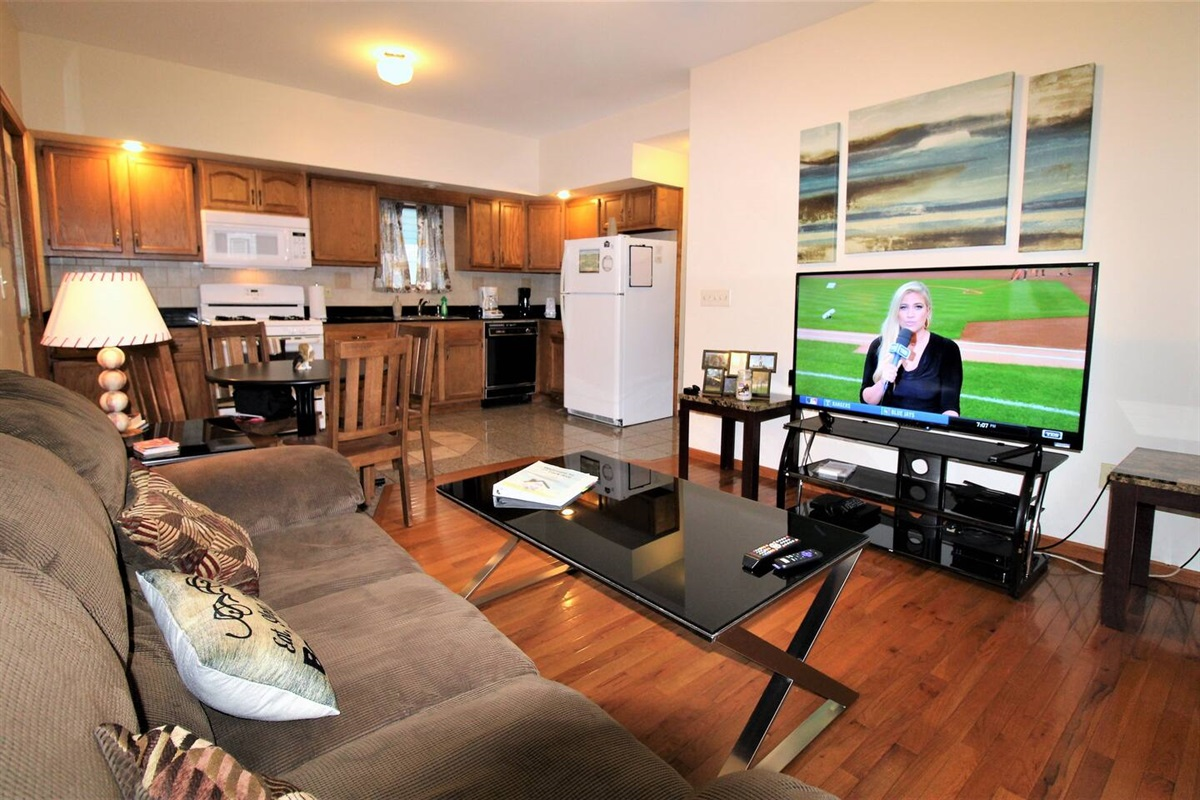 "Cooperstown Baseball Rentals - Championship #3 is a spacious second floor unit with open floor plan and large (55"" or larger) flat screen smart Roku TV and a fully equipped kitchen for your vacationing pleasure."