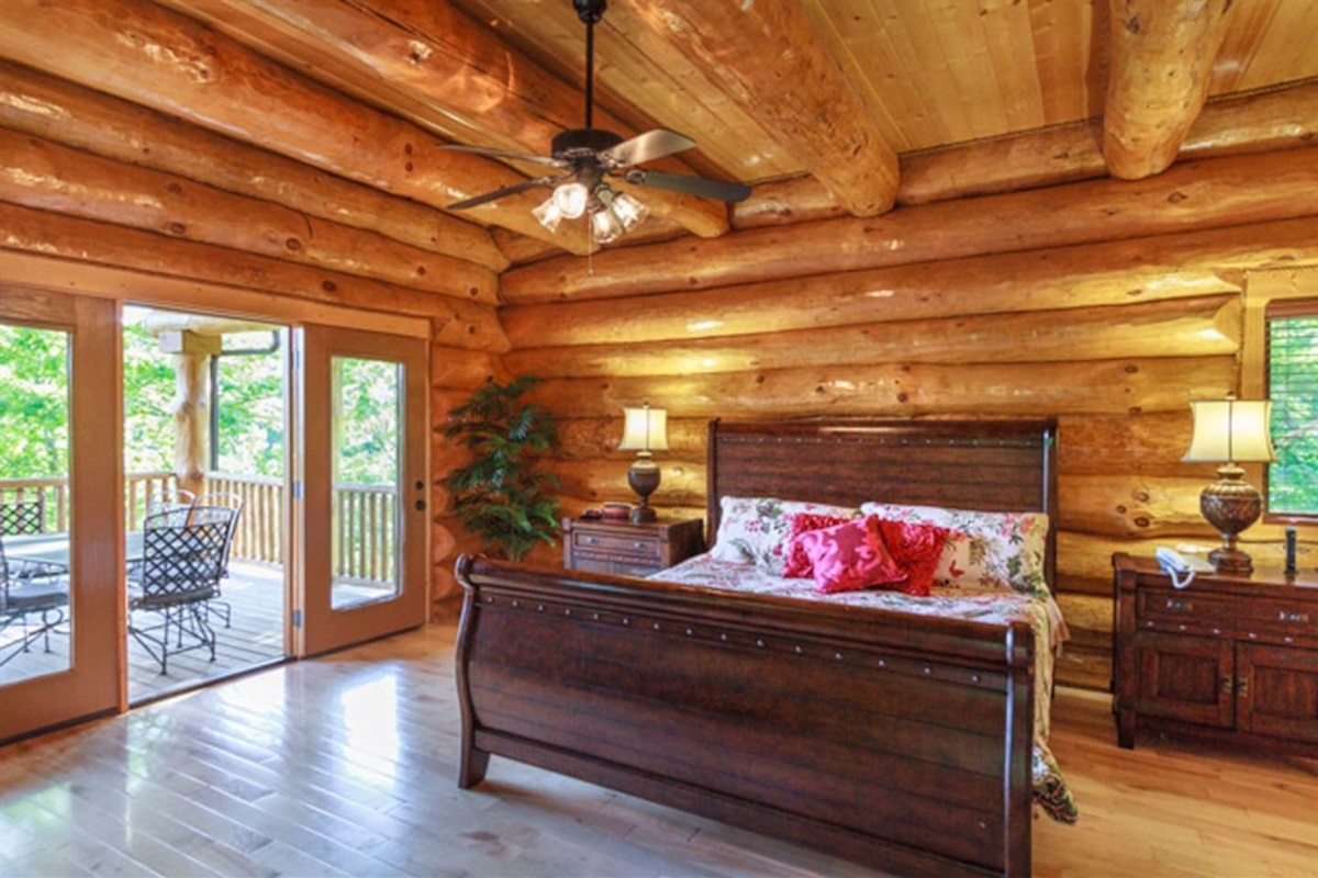 Master King suite with deck access and ensuite with jacuzzi tub and shower.