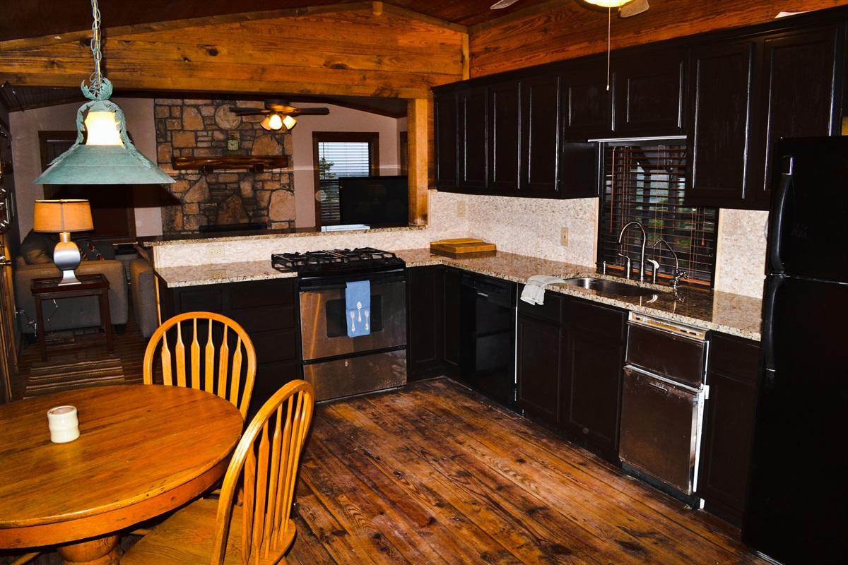 Kitchen (w/ granite countertops)