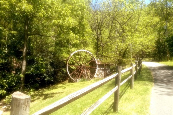 You will see this as you drive to Chillin the Most, or if you hike around the neighborhood.. Its pretty cool.  A very old water wheel and well house