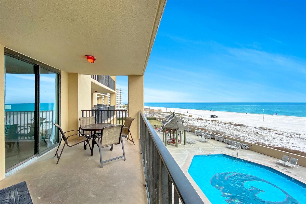 Pool & Beach Views