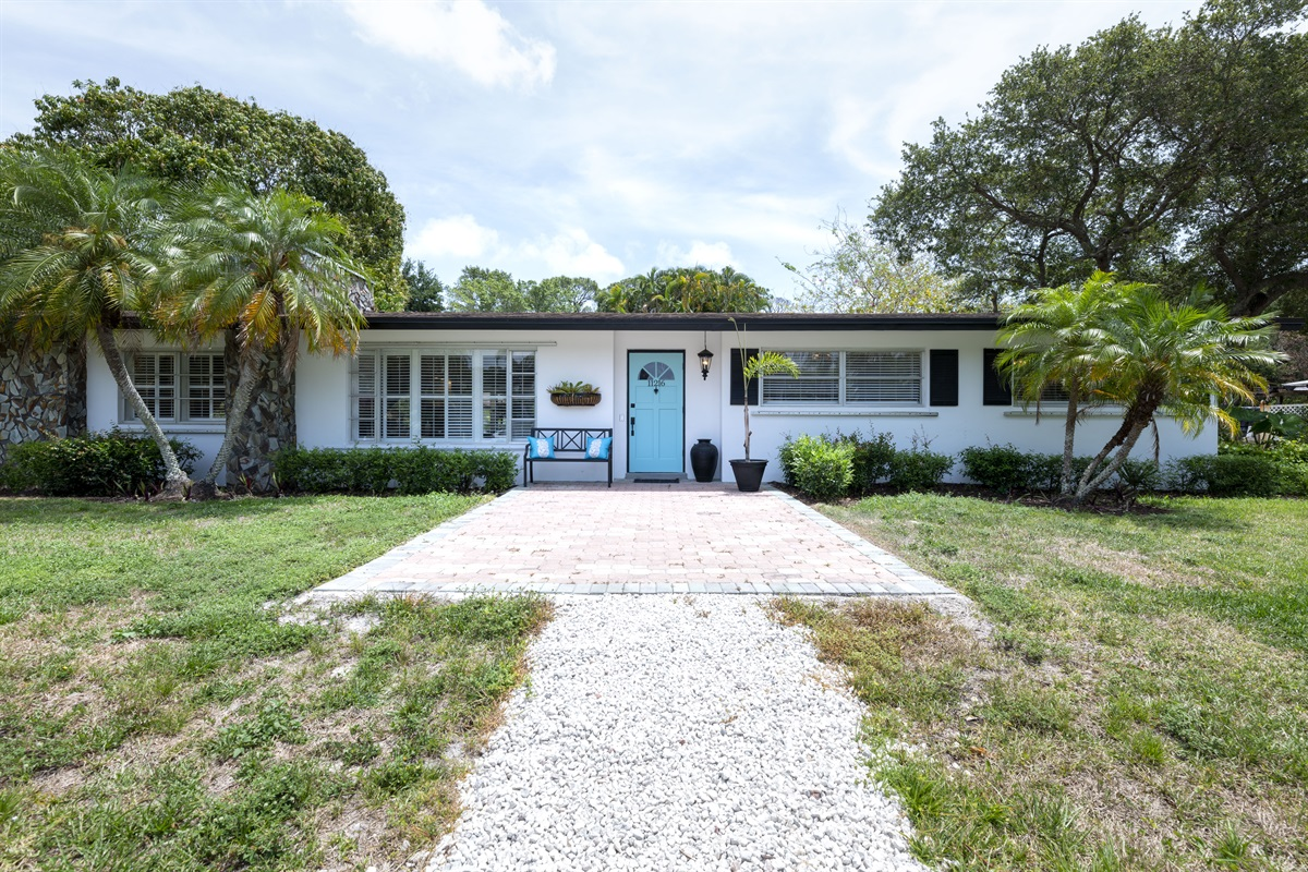 Welcome to our adorable Bungalow in Palm Beach Gardens! Stunning 3/2 pool home in a quiet neighborhood close to the best shopping and dining! The home has a double garage for parking and ample driveway parking too. Best location close to beaches.