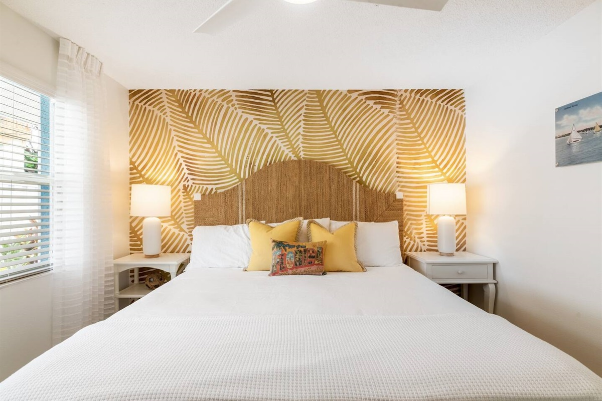 Customized tropical wall coverings