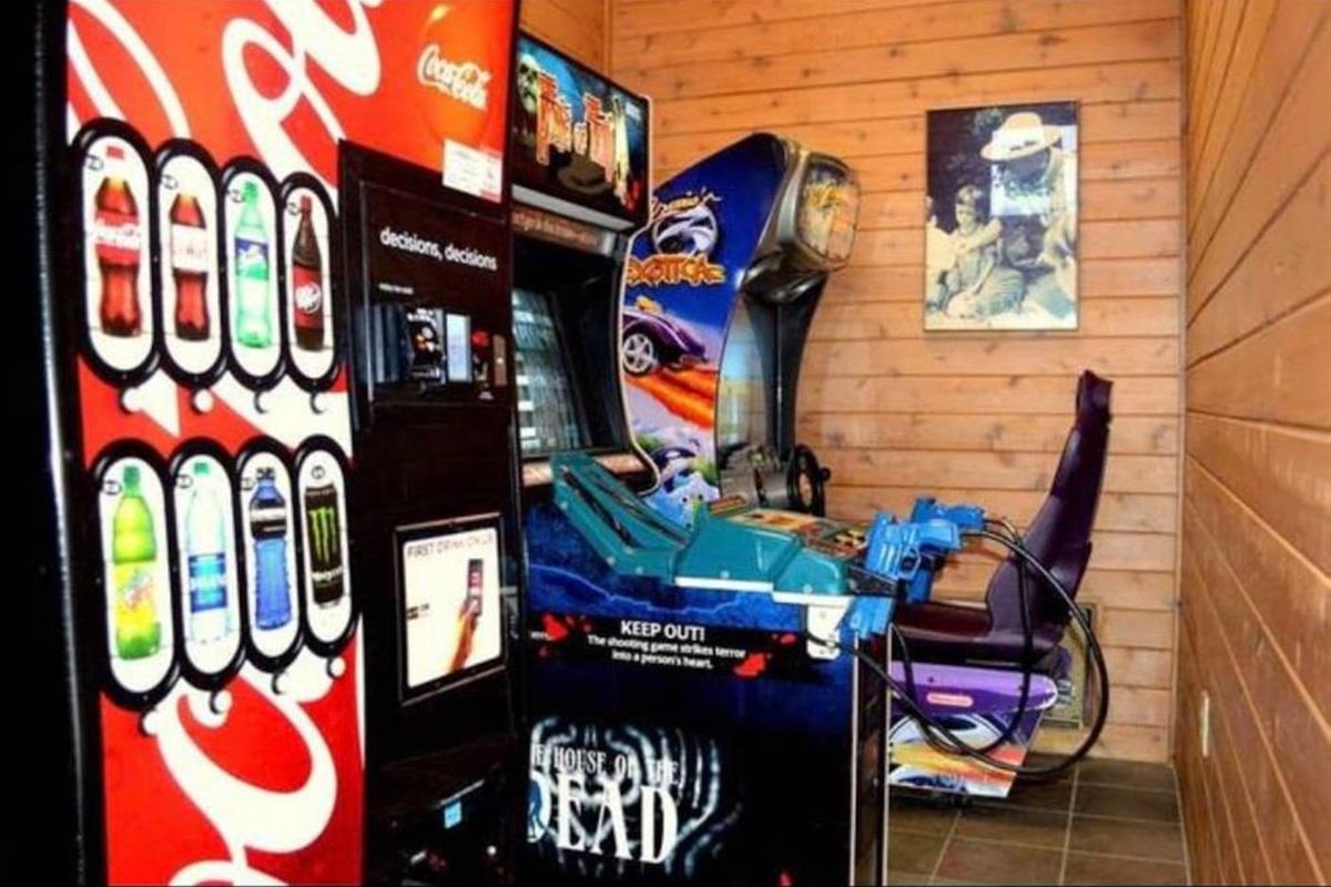 Vending + arcade