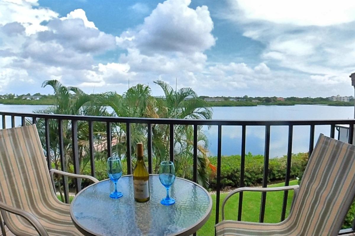 Casa con Vista - Home with a View