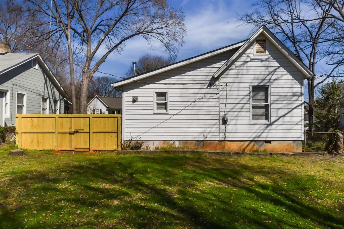 Fully fenced in back yard