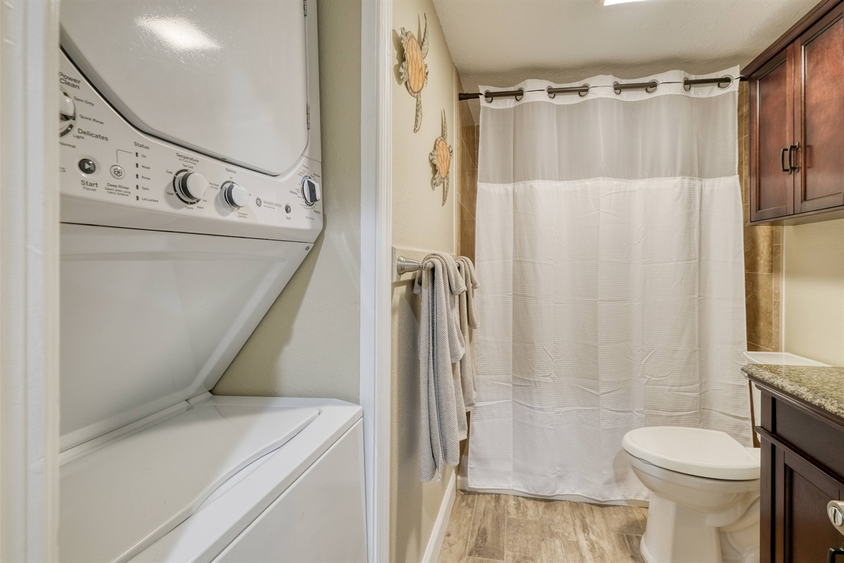 Washer and dyer in condo for guest to use during stay
