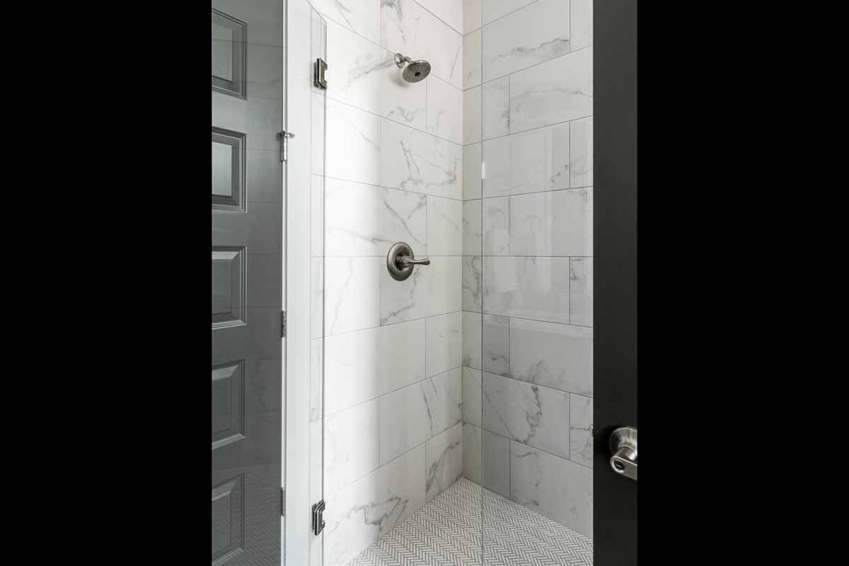 Master Tile Walk-in Shower