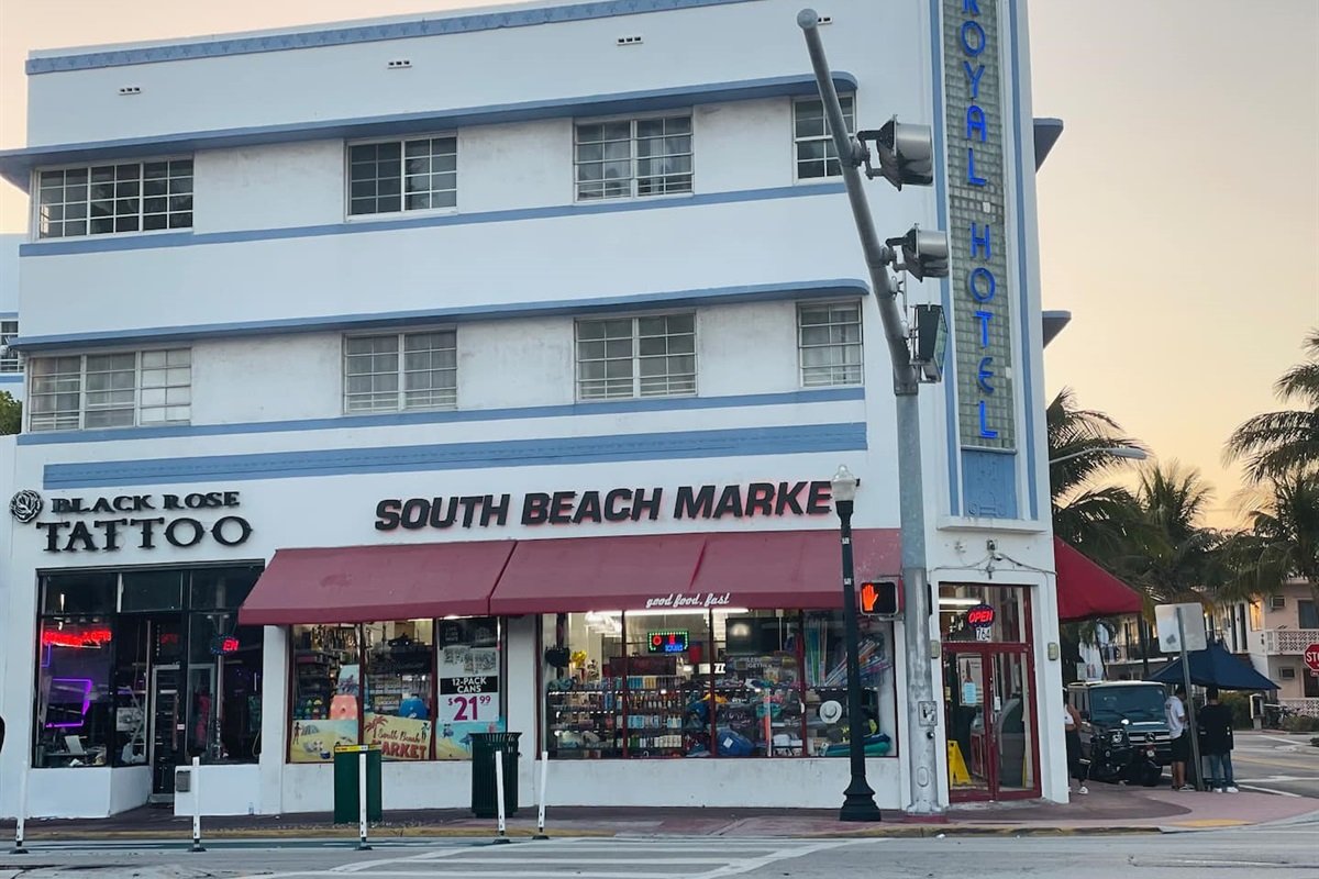 Royal Hotel is located on Washington and 8th, just steps from the beach and famous Ocean Drive.