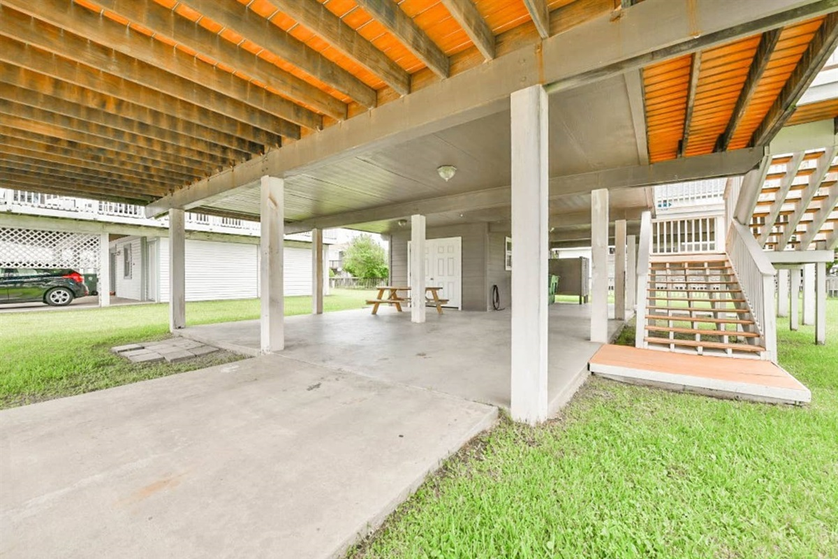 Ground Level Patio - Plenty of Room for Guests to Park
