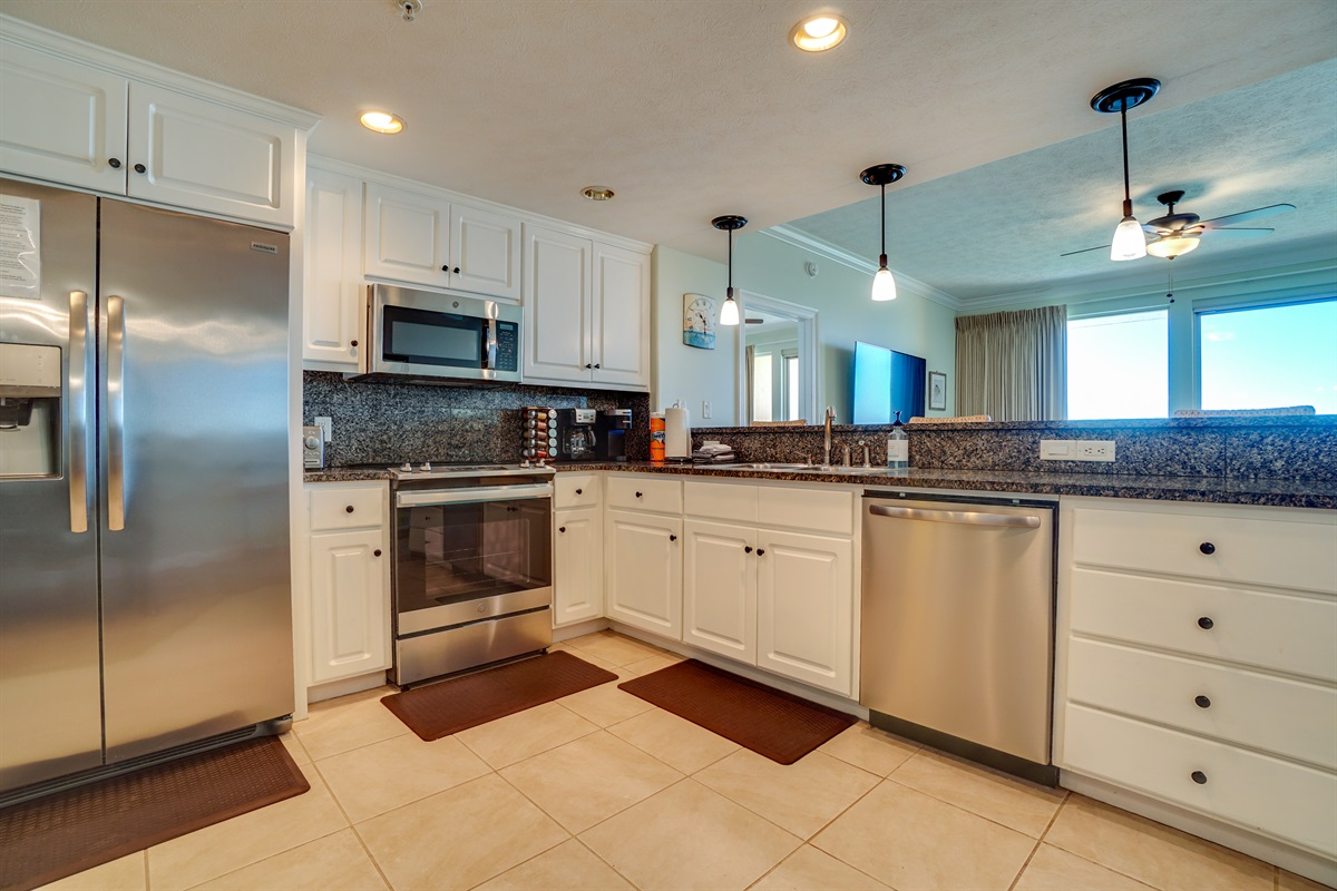 Large Kitchen with Updated Appliances