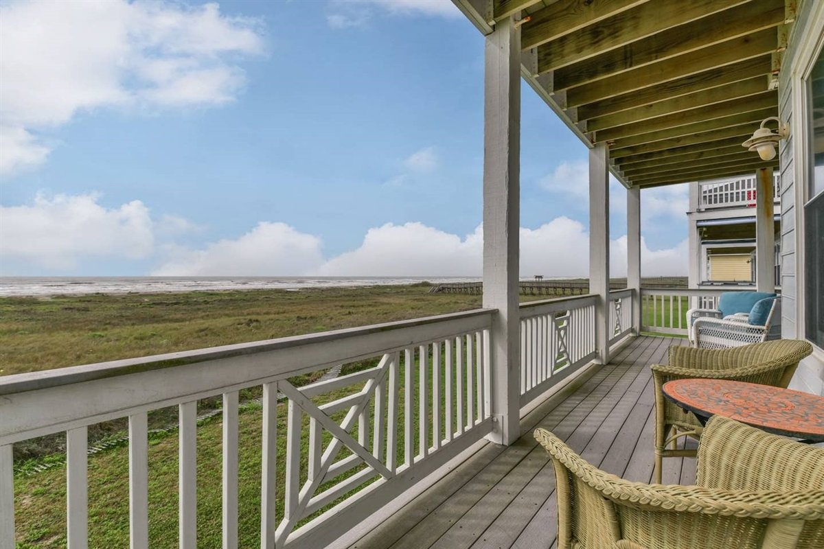 Balcony with Additional Seating with Access from Master & Guest Bedrooms