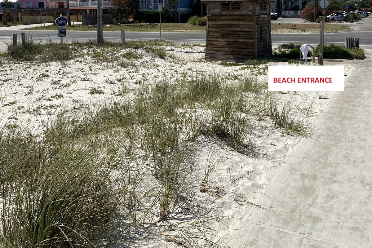 Entrance to Public Beach