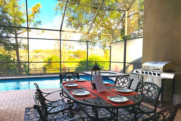 NO Rear Neighbors, Lakeview, Fireworks View, Sunny Lanai, Complimentary Pool and Spa Heating
