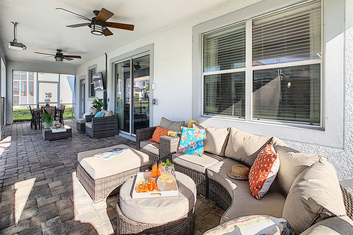 Covered Lanai-Plenty Of Seating-TV-Ceiling Fans
