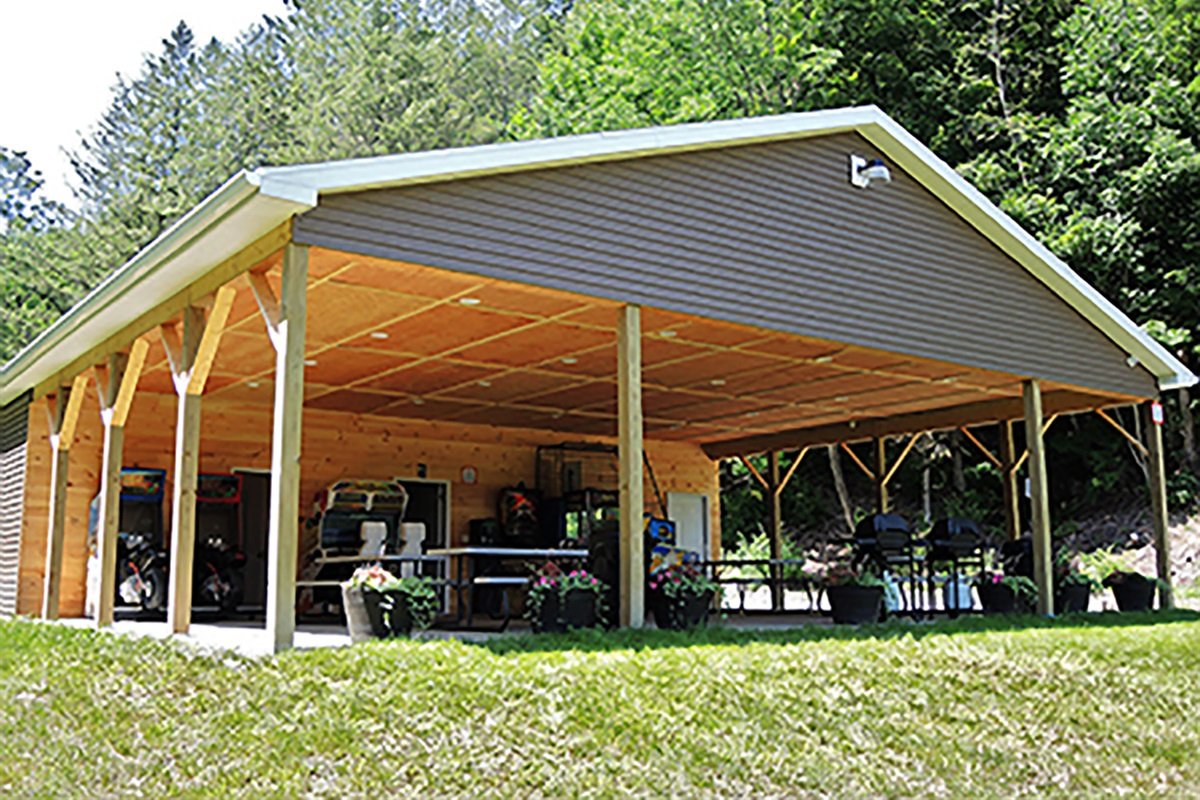 Covered Pavilion/game room/laundry room