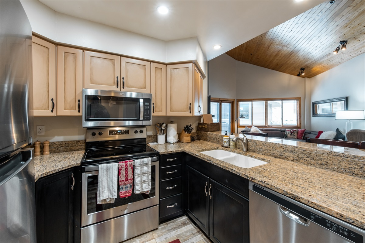 Full and functional Kitchen. High end appliances and amenities.