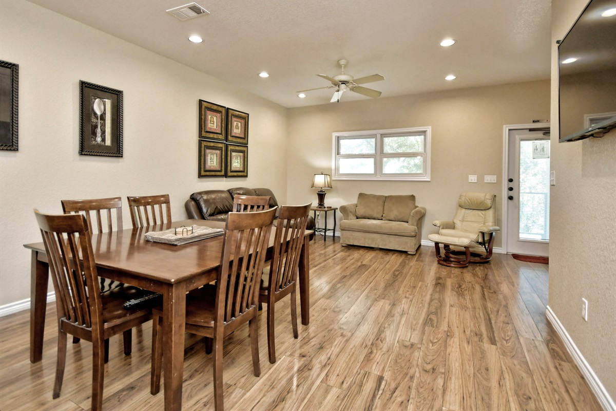 HH #B - Dining & Living Room
