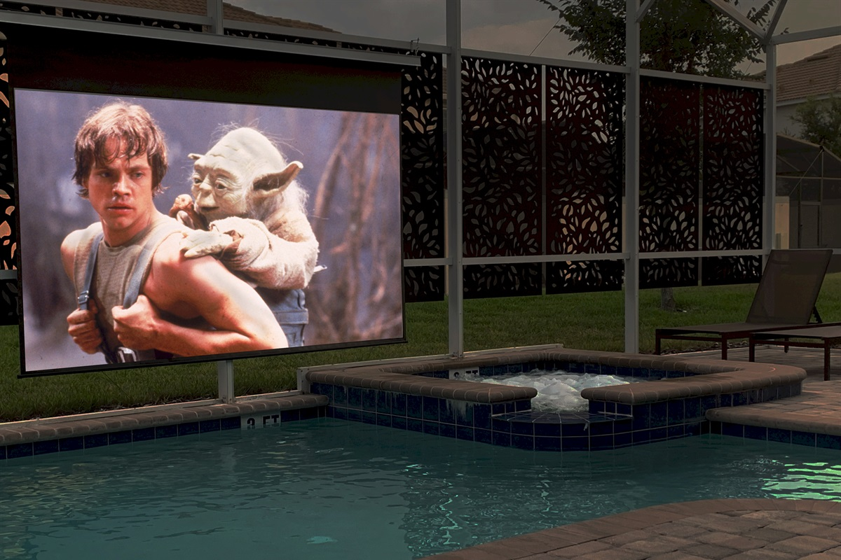 Enjoy Your Favorite Movies At Night Poolside!