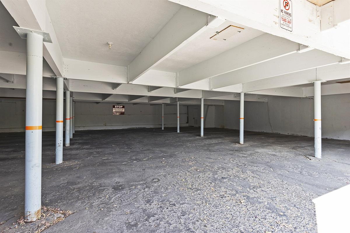 Underground private parking