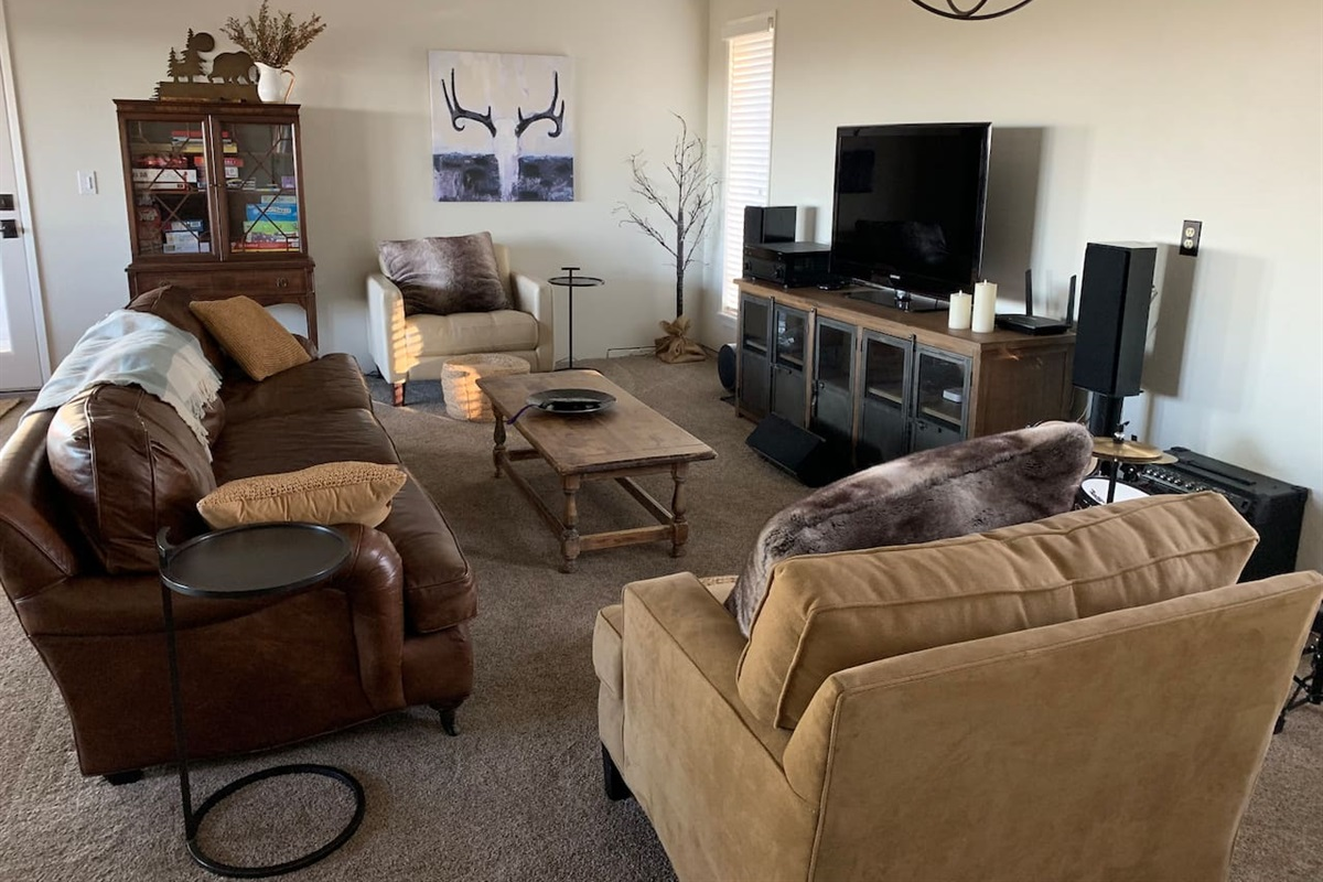 Bonus room for multimedia, board games and toys.