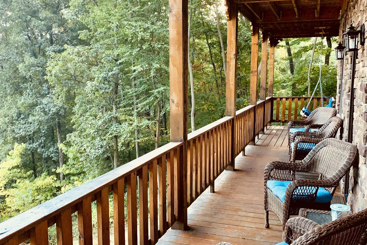 Lots of deck seating overlooking the Valley and Blue Ridge mountains