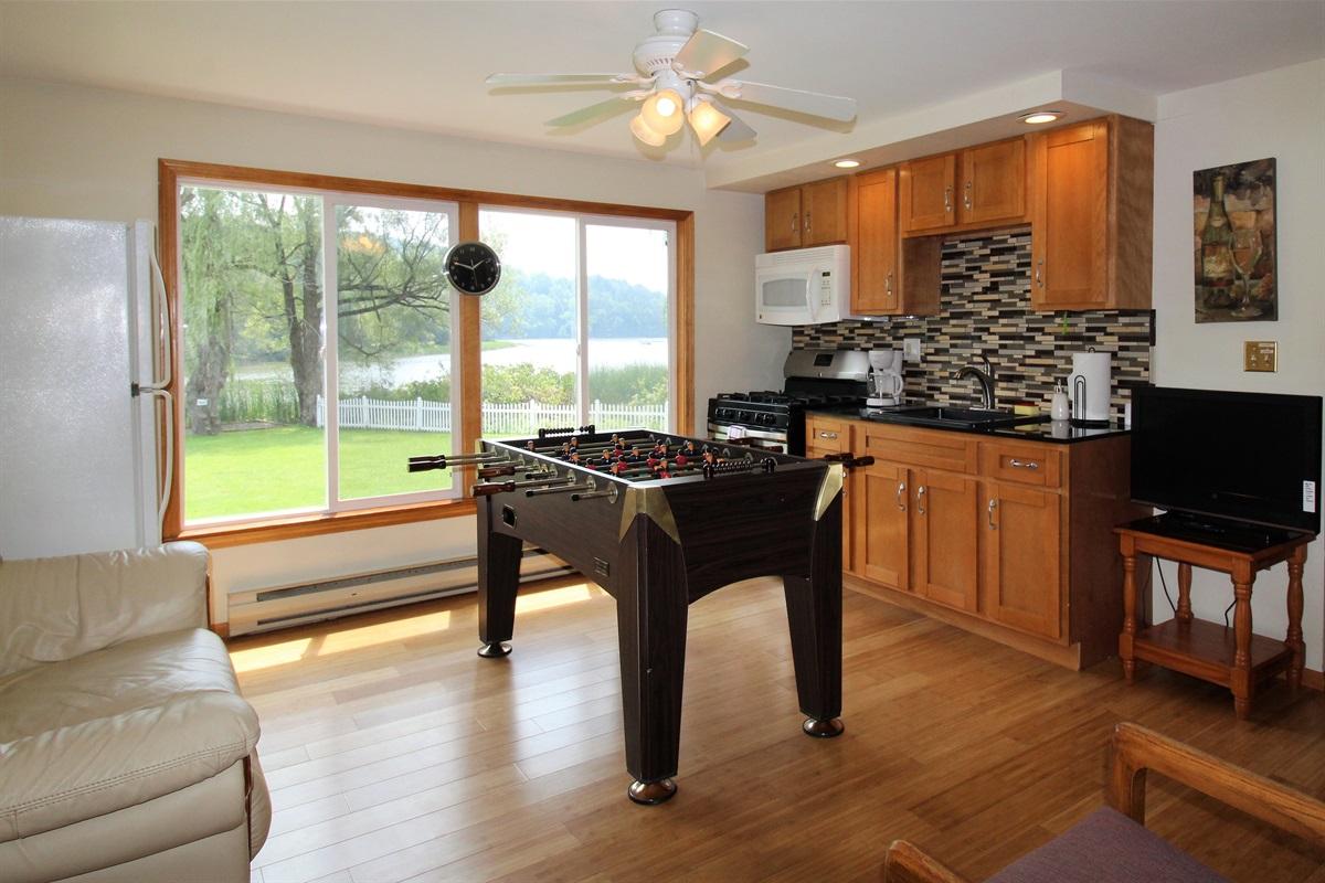 Den/Gameroom with bonus beverage fridge and kitchenette
