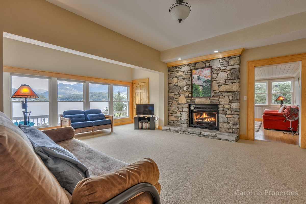 Additional living area with fireplace