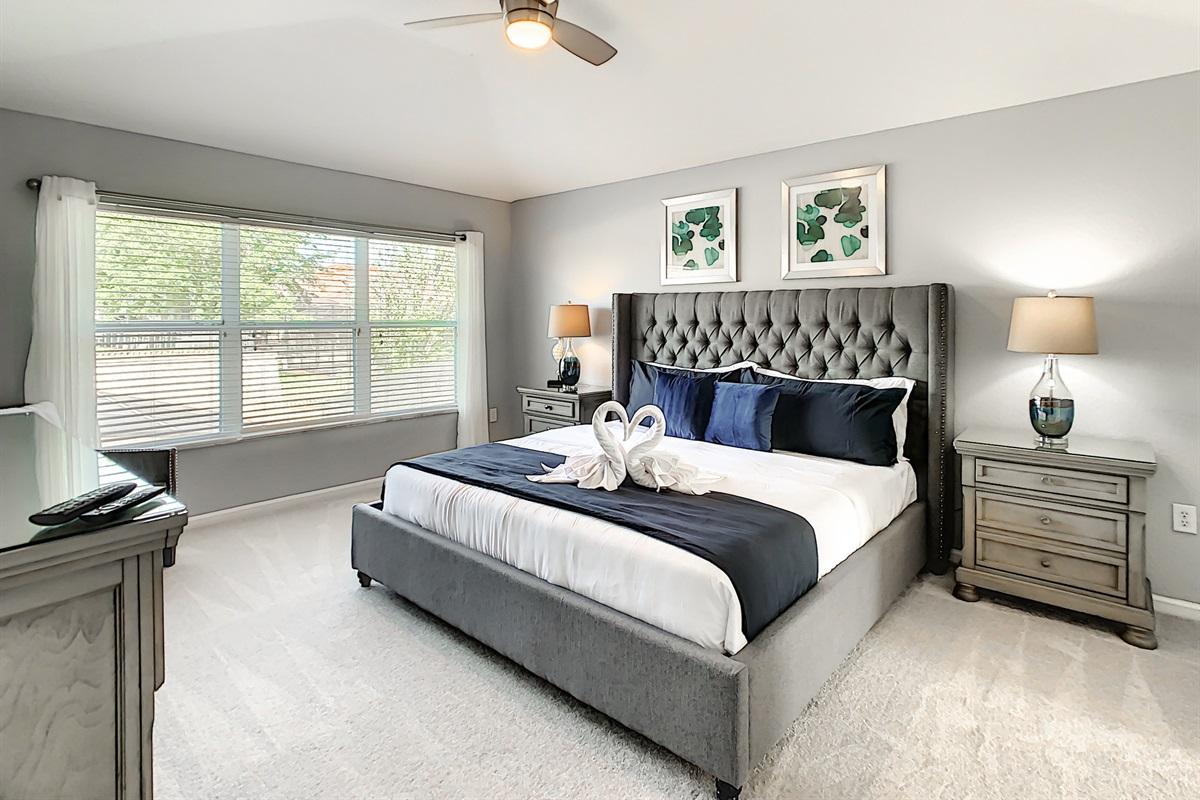 Master Suite #1 - King Bed - 2nd Floor