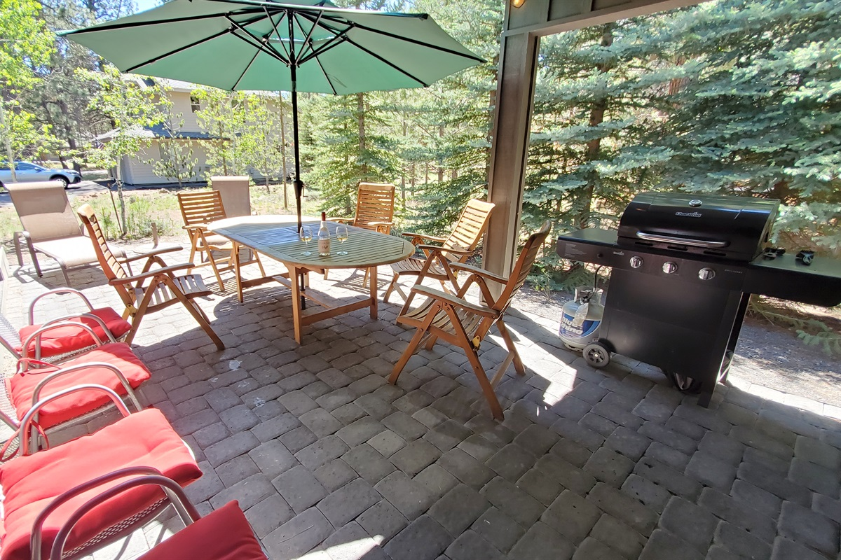 Great Patio and BBQ