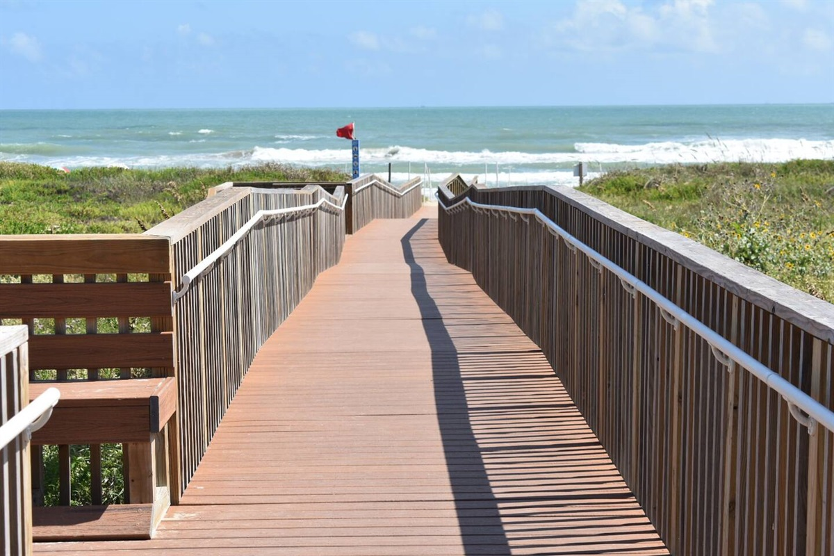 Public Beach Access - 1/2 block from condo