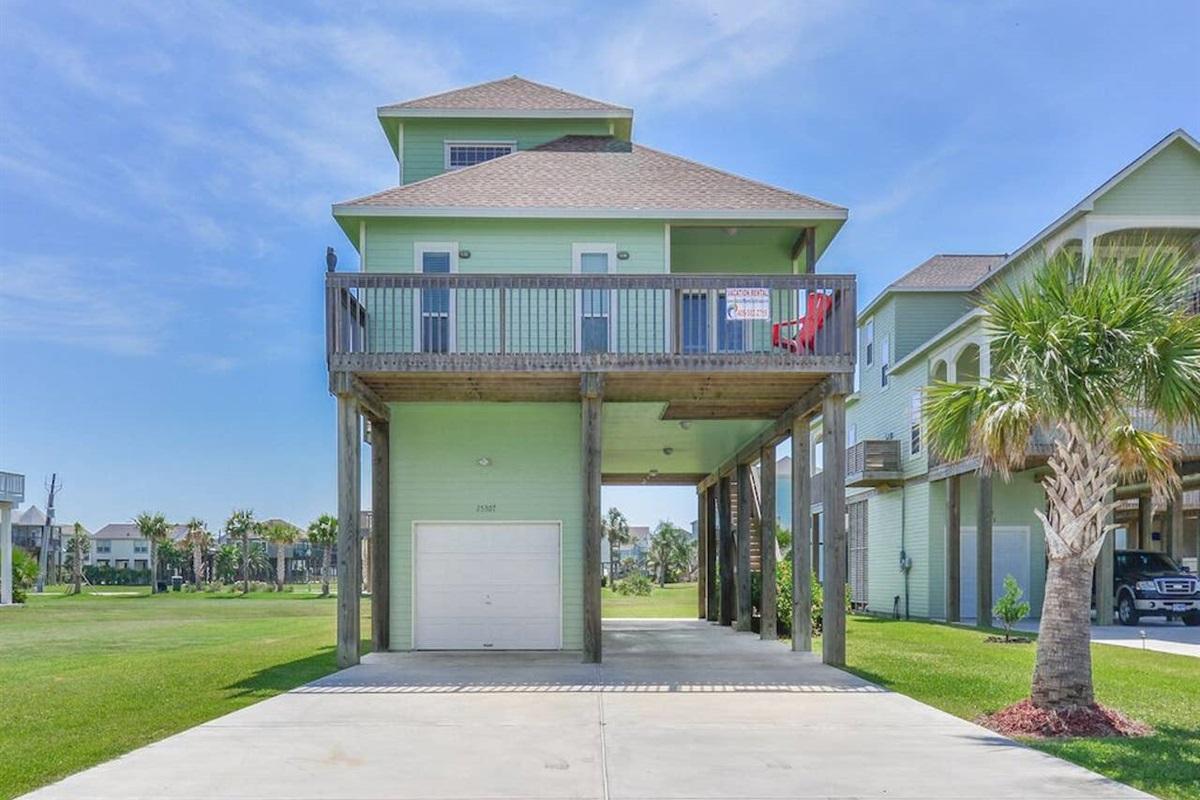 Sea Turtle Tango - Coastal Waves Vacations - Galveston Beach House in Pointe San Luis