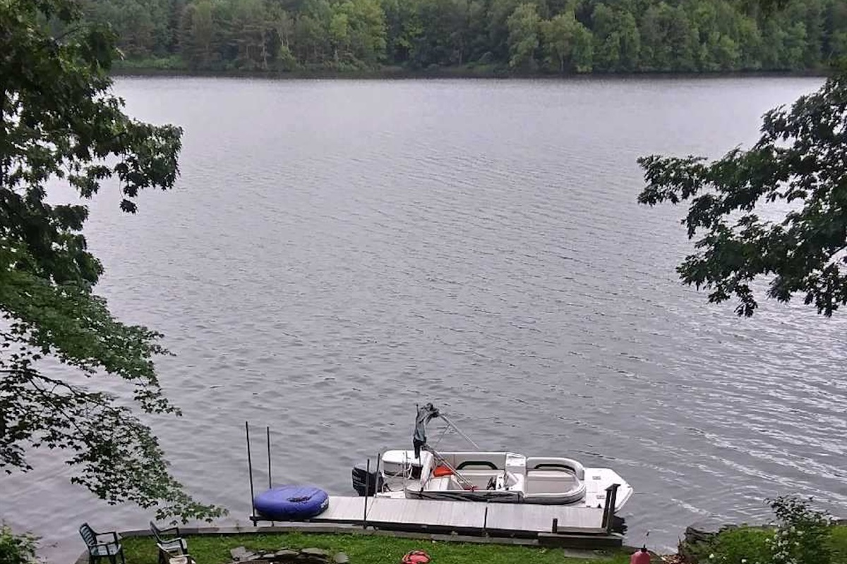 Private dock for your pontoon boat rental (Picture for inspiration only.  Boat not included with rental)