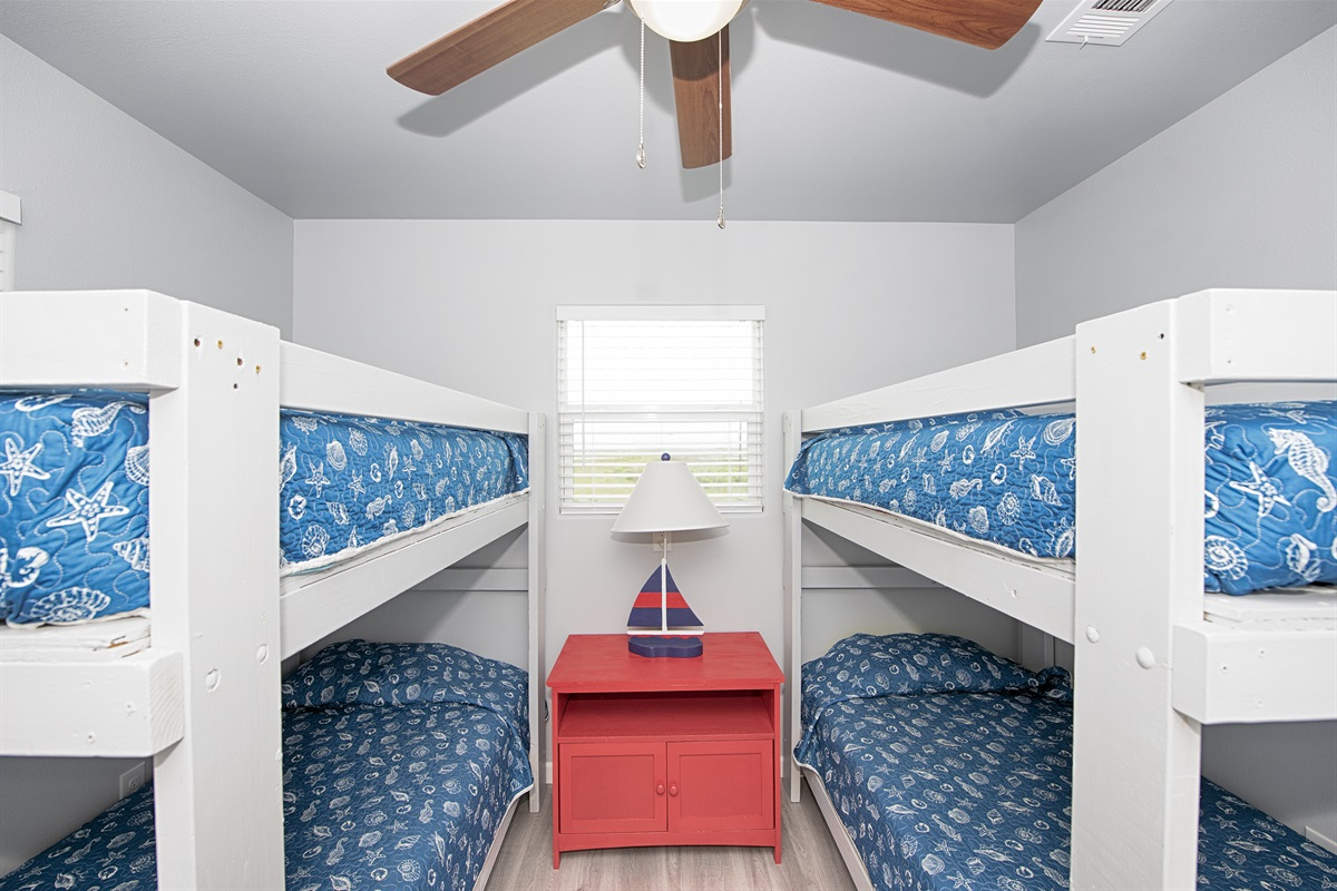 Bunk room with 4 twin bunks