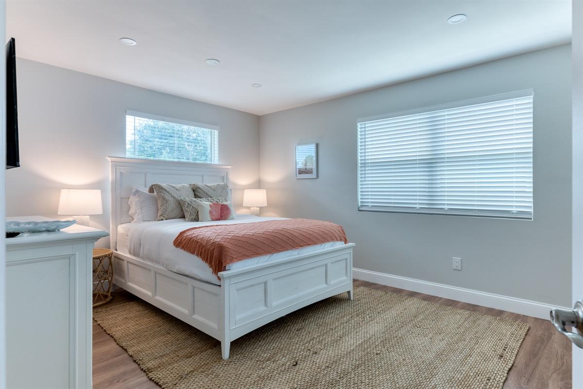 2nd Bedroom with Queen bed, Smart App Roku TV and En-Suite private bathroom with shower.